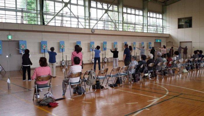 脳いきいき教室~スポーツ吹き矢~
